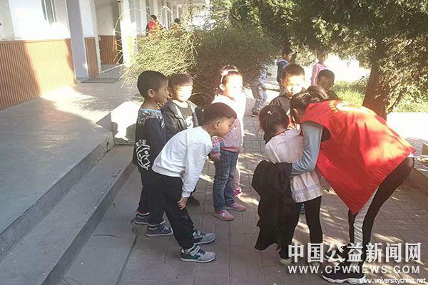 清风迎秋日,支教暖人心——石家庄铁道大学志愿者们参与支教活动
