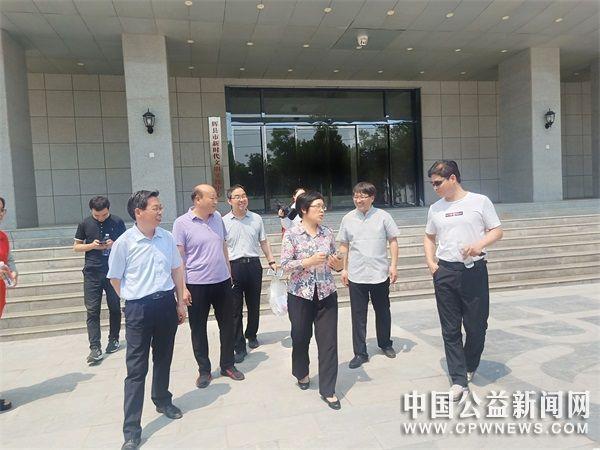 河南省文明办副主任葛卫华调研辉县市志愿服务工作