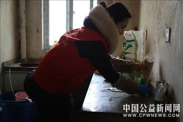 安徽宿州:春节慰问困难户,浓浓关怀暖人心