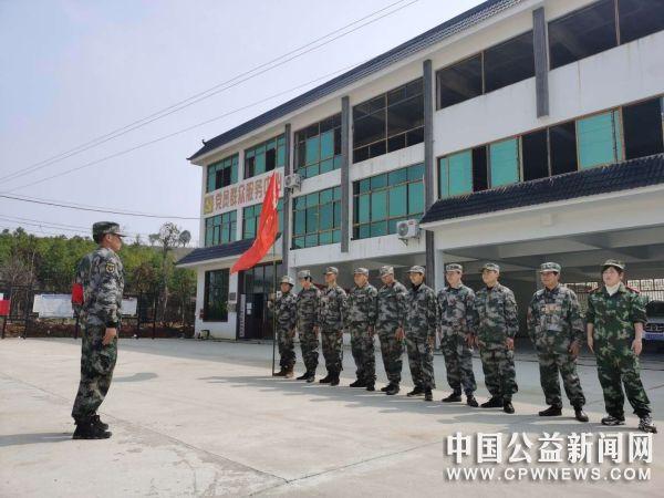 湖北黄冈:抗击肺炎疫情,一个民兵连在偏远山村奋战的故事