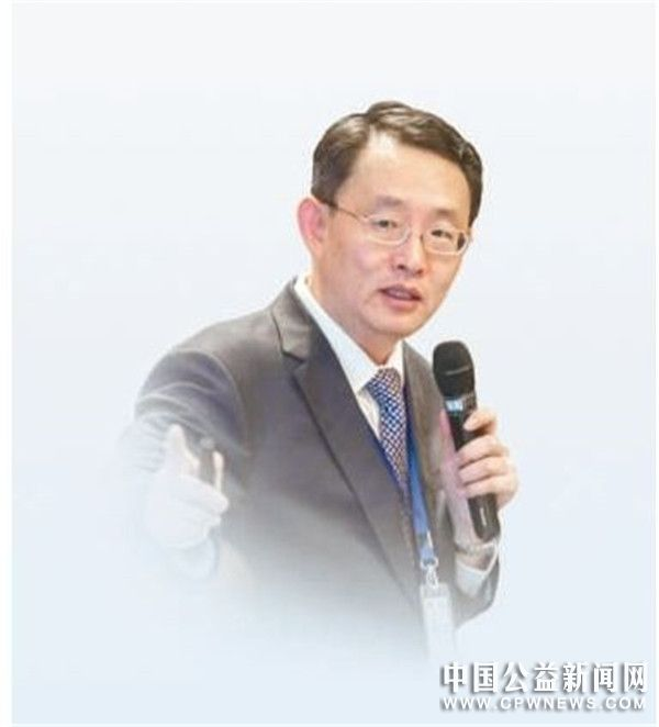 深圳市应对气候变化研究中心主任王东—— 用绿色低碳思维解决问题